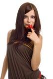 Positieve vrouw met rode parels royalty-vrije stock afbeeldingen