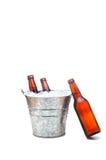 Position de bière avec de la bière de penchement Images stock