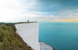 Position de personne sur la falaise photo libre de droits