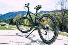 Position de vélo de montagne photos libres de droits