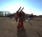 Position mech de soldat de la science fiction sur un fond de paysage Robot futuriste militaire avec un vert et un m?tal gris de c illustration de vecteur