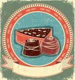 Positionnement d'étiquette de bonbons à chocolat sur la vieille texture de papier Images stock