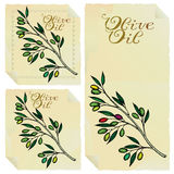 Positionnement d'étiquettes d'huile d'olive Image stock