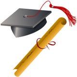 Positionnement de capuchon et de diplôme de graduation Photographie stock