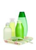 Positionnement de produit de beauté et sel de fines herbes Photo stock
