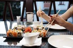 Positionnement de sushi image libre de droits