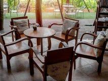 Positionnement en bois de table photo stock