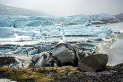 Positions islandaises - glacier images libres de droits