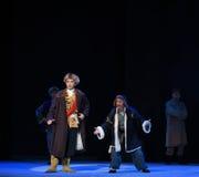 """Positiv och negativ roll-Peking opera som """"Taking Tiger Montain By Strategyâ € Royaltyfria Bilder"""