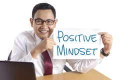 Positive Denkrichtung, Motivwort-Zitat-Konzept stockfoto