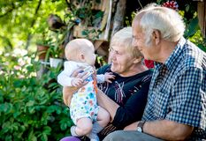 Free Positive Emotions For Old People Grandparents And Grandson Royalty Free Stock Photo - 178670005
