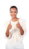 Positive Geschäftsfrau mit den Daumen oben Stockbild