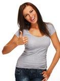 Positives Brunettemädchen mit dem langen Haar Lizenzfreie Stockfotos