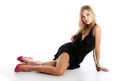 Posizione della ragazza di Glamor Fotografia Stock Libera da Diritti