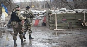 Posizione di funzionamento dei soldati Fotografie Stock Libere da Diritti