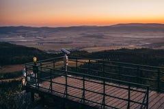 Posizione di vantaggio nelle montagne Fotografie Stock Libere da Diritti
