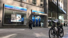 Posizione di vendita al dettaglio di Citibank in NYC archivi video