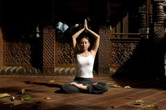 Posizione di yoga fotografia stock