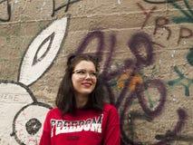 Posizione piacevole della ragazza Fotografia Stock Libera da Diritti