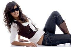 Posizione teenager sexy con gli occhiali Fotografie Stock