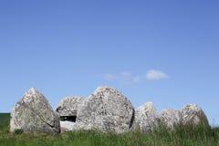 Poskaer Stenhus, local de enterro grave de Viking na região de Mols em Dinamarca Fotos de Stock Royalty Free