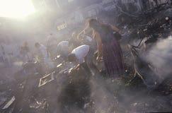 Possessions sauvantes de famille après des émeutes, Photos libres de droits