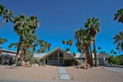 Possibilité éloignée de Mlle suisse House dans le Palm Springs Images libres de droits