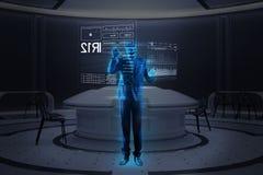 Postępowy programista robi holograma wizerunkowi podczas gdy pracujący zdjęcie stock