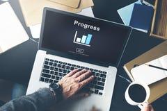 Postępu rozwoju Imrpovement popierania pojęcie obrazy stock