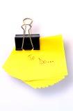 Post-it amarillo imagen de archivo