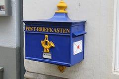 Post--Briefkasten blu Fotografia Stock Libera da Diritti