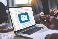 Post Communicatie Verbindingsbericht aan de post van contactentelefoon Royalty-vrije Stock Afbeelding