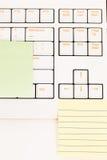 Post-itnota's over een toetsenbord Royalty-vrije Stock Foto