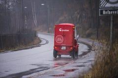 Post muss geliefert werden, was auch immer das Wetter Stockfoto
