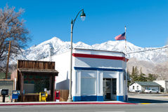 Post office. A tiny post office in the town of Independence, California with the Yosemite National Park mountains in the background Stock Image