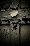 Post-it op doorstane achtergrond. Royalty-vrije Stock Foto's