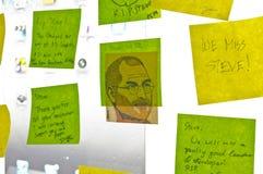Post-it para pagar el tributo Steve Jobs Foto de archivo libre de regalías