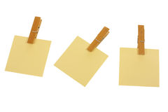 Post it with pegs i Royalty Free Stock Image