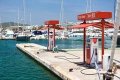 Post van de Cepsa de Drijvende brandstof in Ibiza stock fotografie