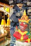 Postać przy Bali świątynią Obraz Royalty Free