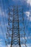 Posta ad alta tensione elettrica Fotografia Stock Libera da Diritti
