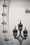 Posta d'annata della lampada Fotografie Stock