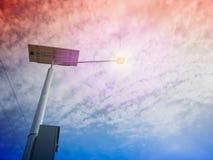 Posta della lampada e pannello fotovoltaico Fotografie Stock Libere da Diritti