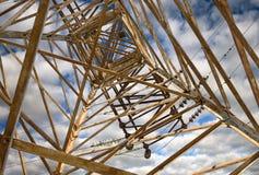 Posta elettrica di alta tensione della torre Fotografia Stock