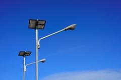 Posta pubblica della lampada della pila solare Fotografie Stock