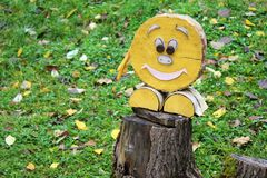 Postać z kreskówki drewno, dekoracja ogród Fotografia Royalty Free