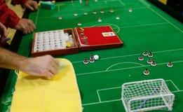 Postacie bawić się podczas Stołowej piłki nożnej meczu finałowego światowego szczegółu zdjęcie royalty free