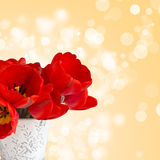 Postal con el tulipán elegante de las flores Imágenes de archivo libres de regalías