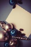 Postal de la Navidad en colores azules Fotografía de archivo