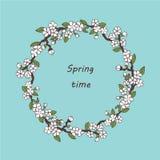 Postal de Sakura Plantilla de la postal de la primavera del vector El tiempo de primavera? subi? las hojas, fondo natural Primave stock de ilustración